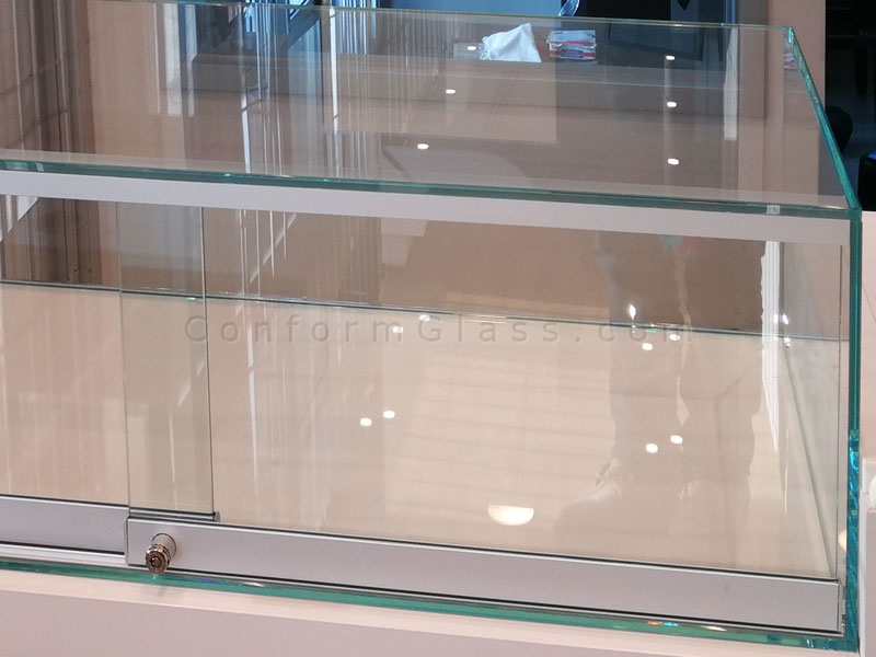Tabletop Glass Display Cabinet